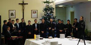 Božić u Bogosloviji: odgojitelji, bogoslovi i djelatnici čestitali si božićne blagdane