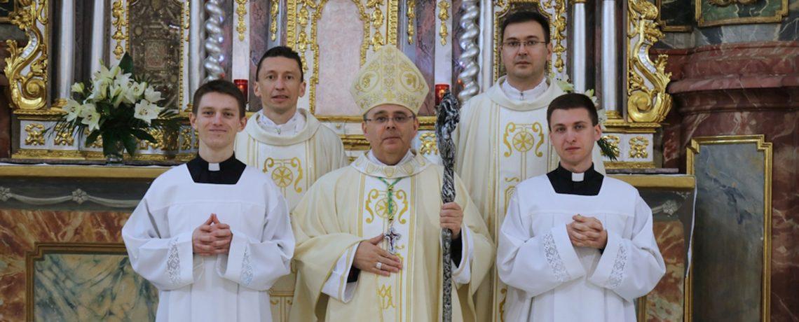 Bogoslovi Josip Biškup i Timotej Inkret primljeni među kandidate za svete redove đakonata i prezbiterata