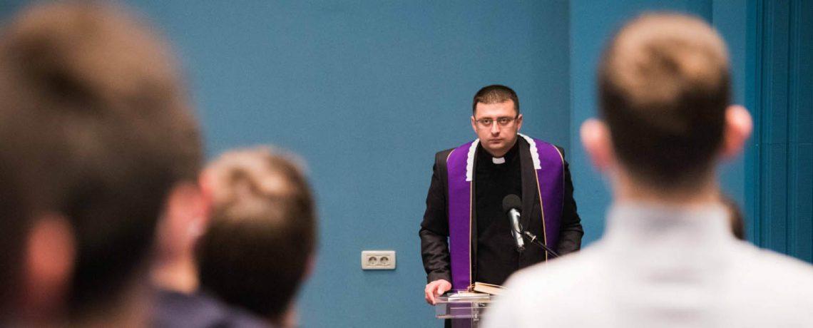 Mjesečna duhovna obnova u Nadbiskupskom bogoslovnom sjemeništu u Zagrebu