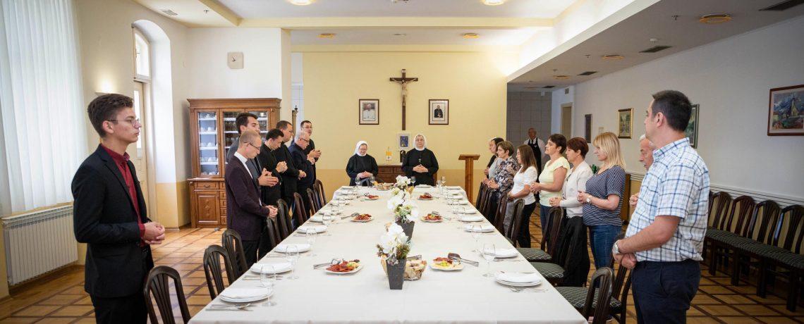 Oproštajna zahvala časnim sestrama s. M. Ivani Benko i s. M. Meliti Luketić